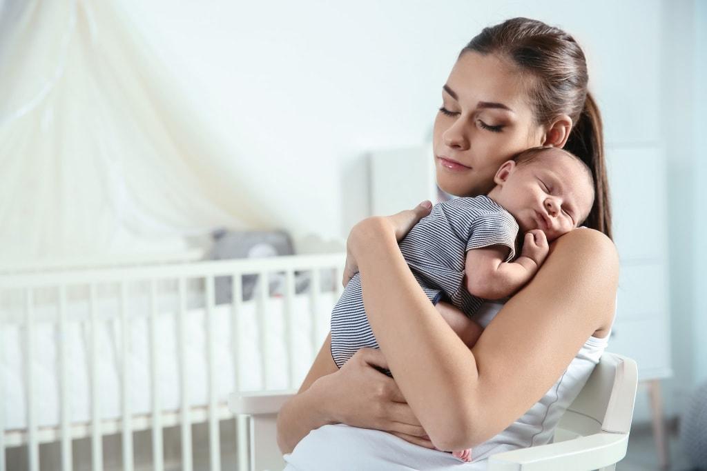 newborn-sleep-tips-first-week