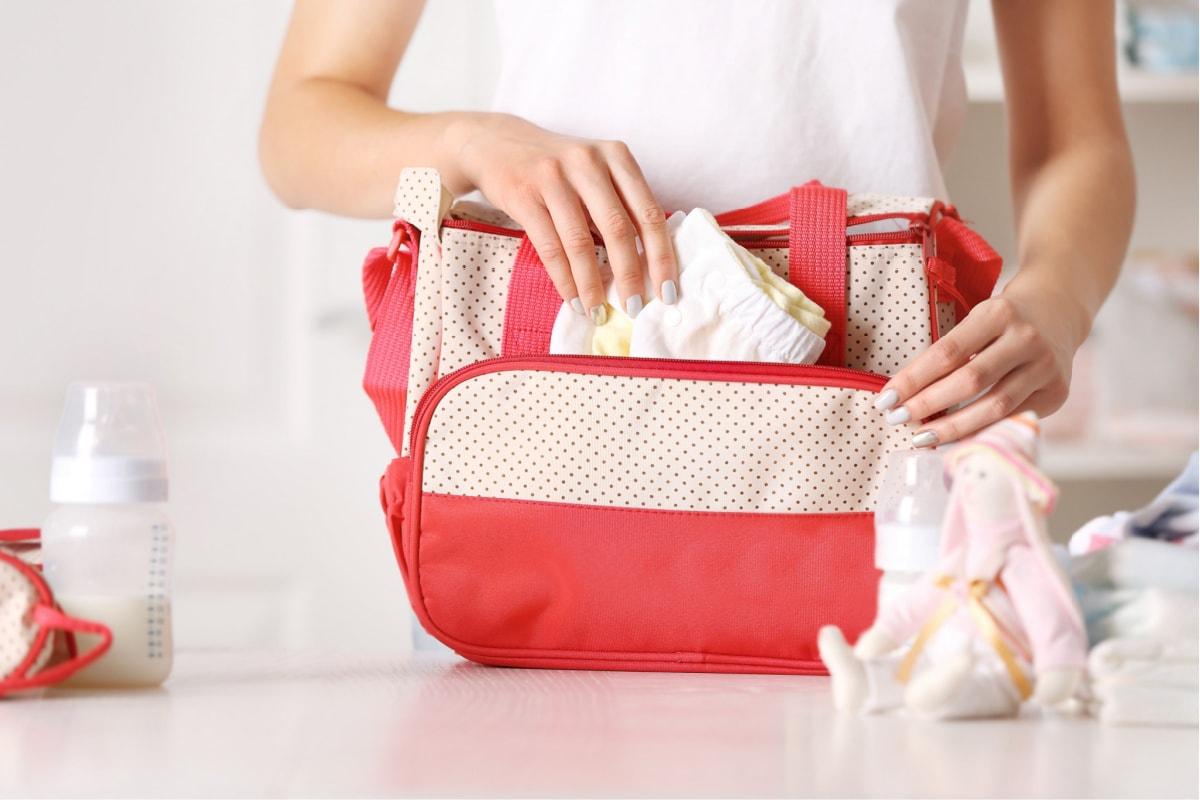 how-to-organize-a-diaper-bag
