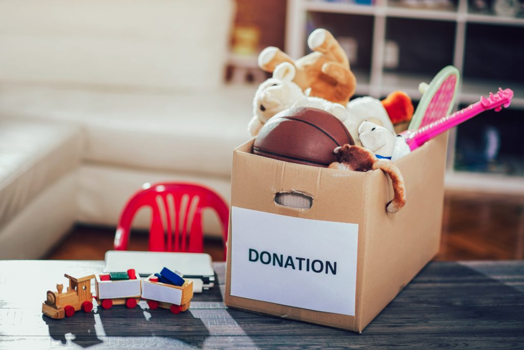 donating-toys-spring-cleaning