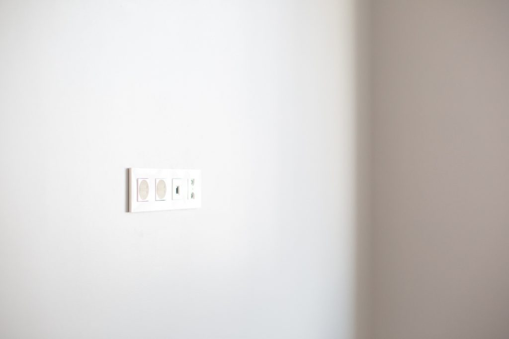 babyproofing-outlets